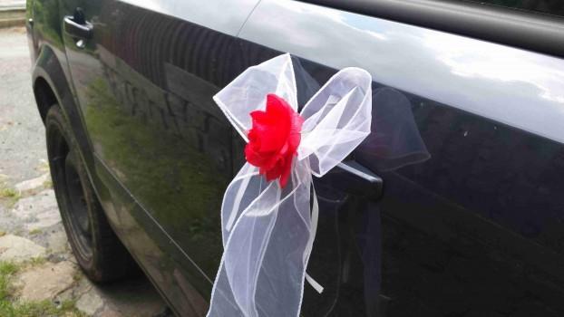 Sada na svatební auto
